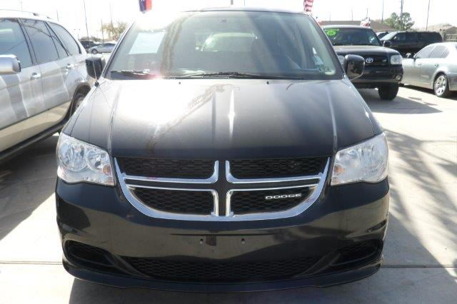2011 DODGE GRAND CARAVAN black down payment 3000  excel motors offers an extensive inventory of q