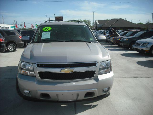 2007 CHEVROLET TAHOE LT2 2WD silver down payment 5000  excel motors offers an extensive inventory