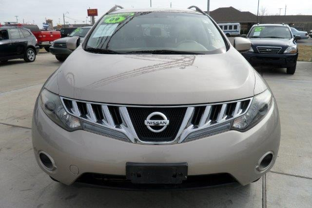 2009 NISSAN MURANO 4DR MPV 4WD gold down payment 3000  excel motors offers an extensive inventory