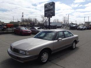 1995 Oldsmobile Eighty-Eight Royale for sale in Fraser, MI
