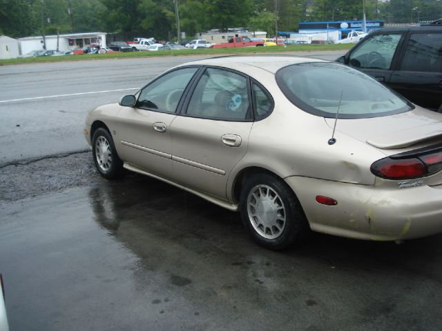 1998 Ford Taurus for sale in Knoxville TN