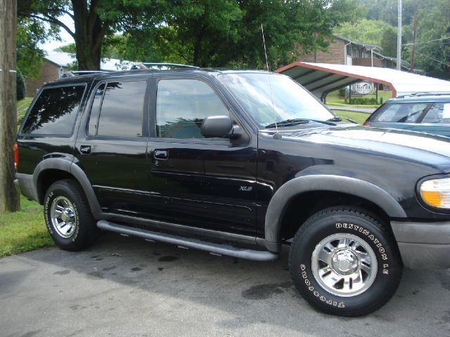 1999 Ford Explorer for sale in Knoxville TN