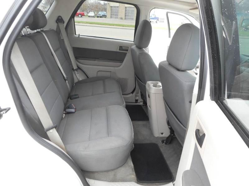 2009 Ford Escape AWD XLT 4dr SUV V6 - Aberdeen SD