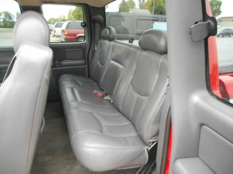 2003 Chevrolet Silverado 1500 SS AWD 4dr Extended Cab SB - Aberdeen SD