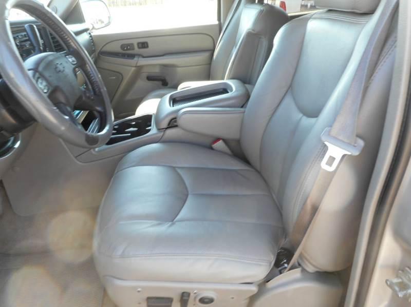 2005 Chevrolet Suburban 1500 Z71 4WD 4dr SUV - Aberdeen SD