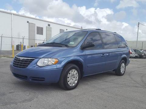 2007 chrysler town and country for sale. Black Bedroom Furniture Sets. Home Design Ideas