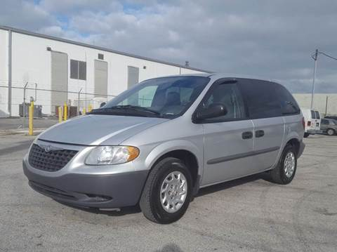 2002 Chrysler Voyager for sale in Miami, FL