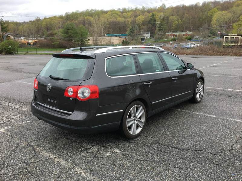 2010 Volkswagen Passat Komfort PZEV 4dr Wagon - Carmel NY