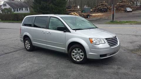 2009 Chrysler Town and Country for sale in Carmel, NY