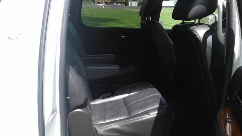 2014 Chevrolet Suburban 4x4 LT 1500 4dr SUV - East Bridgewater MA