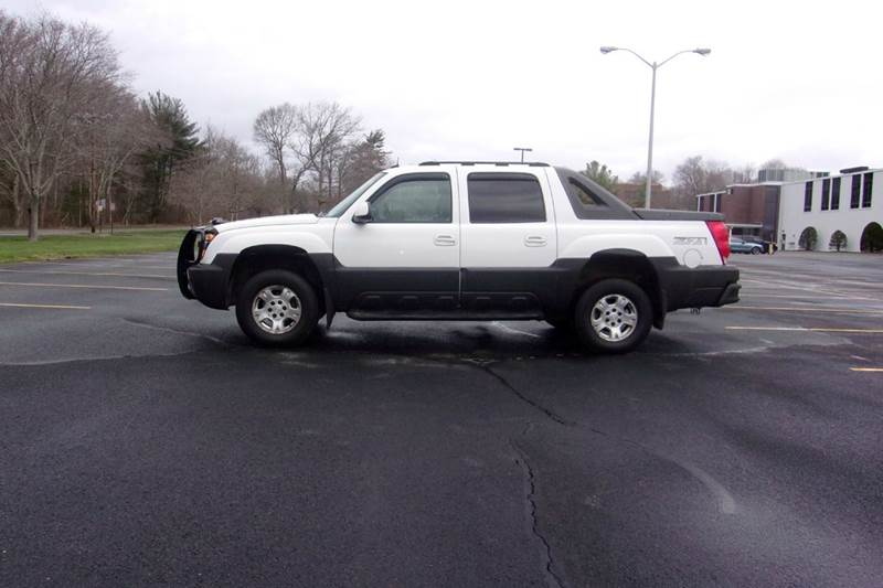2003 Chevrolet Avalanche In East Bridgewater Ma Route