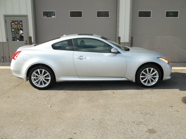 2011 Infiniti G37 Coupe AWD x 2dr Coupe In East