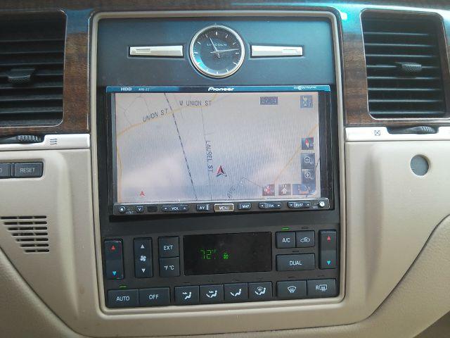 2007 lincoln town car designer series 4dr sedan in east. Black Bedroom Furniture Sets. Home Design Ideas