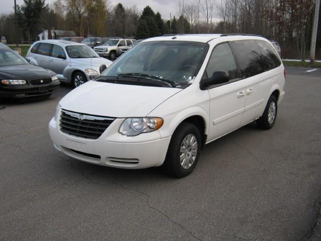2006 chrysler town and country lx 4dr ext minivan for sale. Black Bedroom Furniture Sets. Home Design Ideas