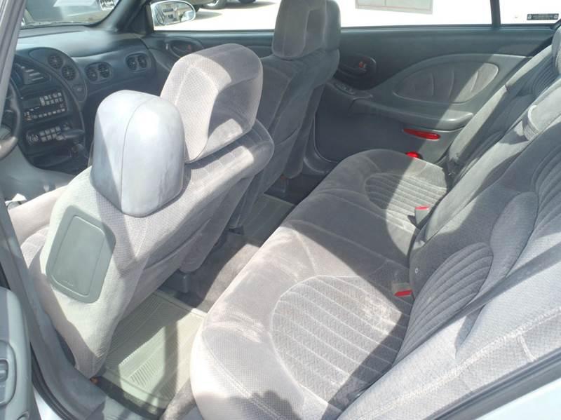 2002 Pontiac Bonneville SE 4dr Sedan - Des Moines IA