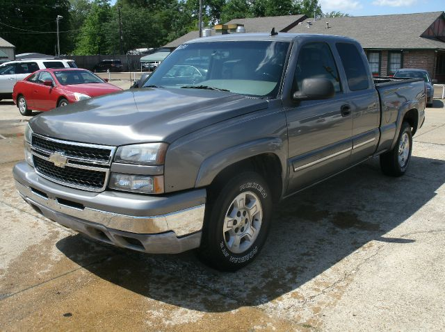 2007 CHEVROLET SILVERADO 1500 CLASSIC LT3 4DR EXTENDED CAB 4WD 65 FT gray 2-stage unlocking - r