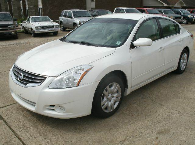 2011 NISSAN ALTIMA 25 S 4DR SEDAN white 2-stage unlocking - remote abs - 4-wheel air filtratio