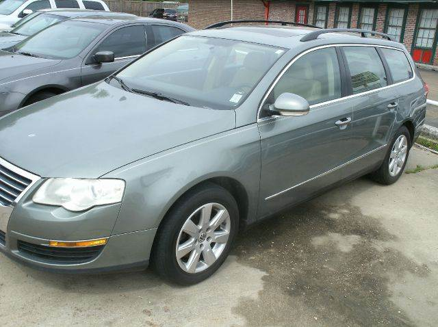 2007 VOLKSWAGEN PASSAT VALUE EDITION 4DR WAGON NA 060 green 2-stage unlocking - remote abs - 4