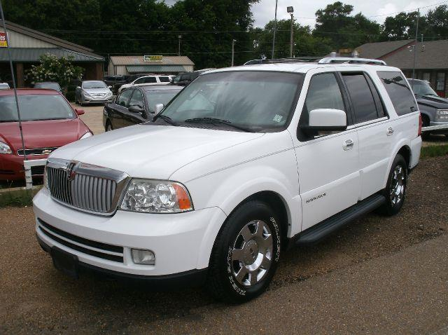 2006 LINCOLN NAVIGATOR LUXURY 4DR SUV white 18 inch wheels abs - 4-wheel adjustable lumbar suppo
