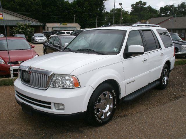 2006 LINCOLN NAVIGATOR LUXURY 4DR SUV white 18 inch wheels abs - 4-wheel adjustable lumbar suppo