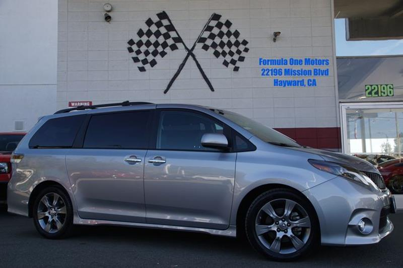 2015 TOYOTA SIENNA SE silver sky metallic youll be the most fashion-forward family in the cul-de