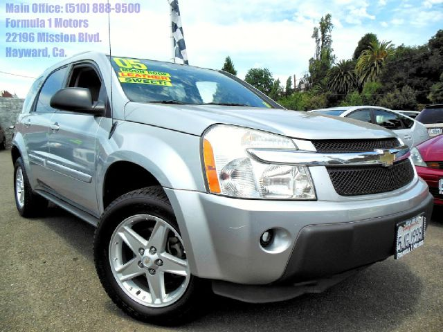 2005 CHEVROLET EQUINOX LT 2WD silver 34l v6 automatic leather moon roof power seats abs brakes