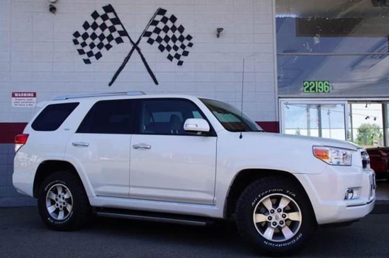 2011 TOYOTA 4RUNNER SR5 4X2 4DR SUV blizzard pearl our low miles 2011 toyota 4runner sr5 suv pres