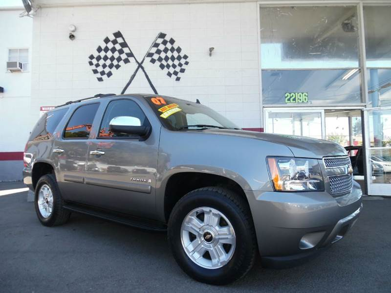 2007 CHEVROLET TAHOE LTZ 4DR SUV 4WD grey loaded leather - moon roof - navigation - rear view