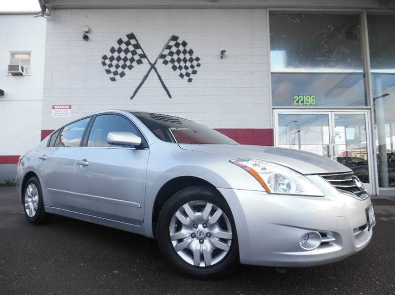 2011 NISSAN ALTIMA 25 S 4DR SEDAN silver vin 1n4al2ap6bc184340 great mpg tons of space and dri