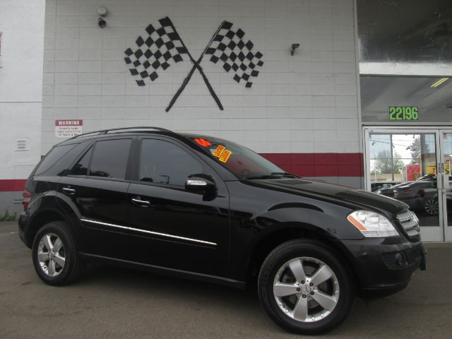 2006 MERCEDES-BENZ M-CLASS ML500 AWD 4MATIC 4DR SUV black loaded - leather - navigation - moon ro