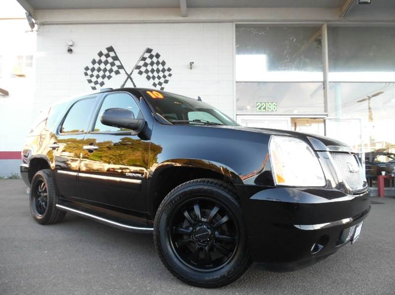 2010 GMC YUKON DENALI AWD 4DR SUV black vin 1gkukeef4ar101663 great family car tons of space f