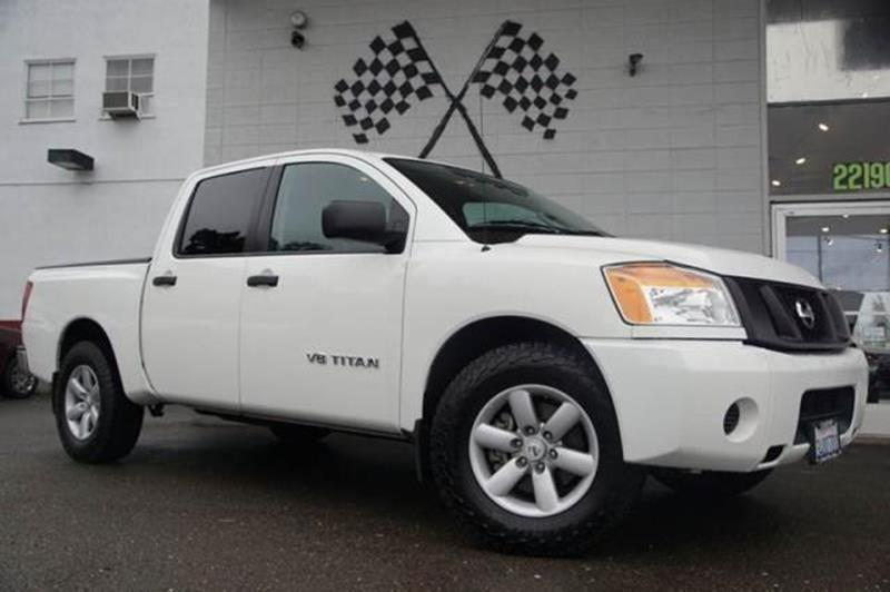 2011 NISSAN TITAN S 4X2 4DR CREW CAB SWB PICKUP blizzard now heres a truck for true truckers ou