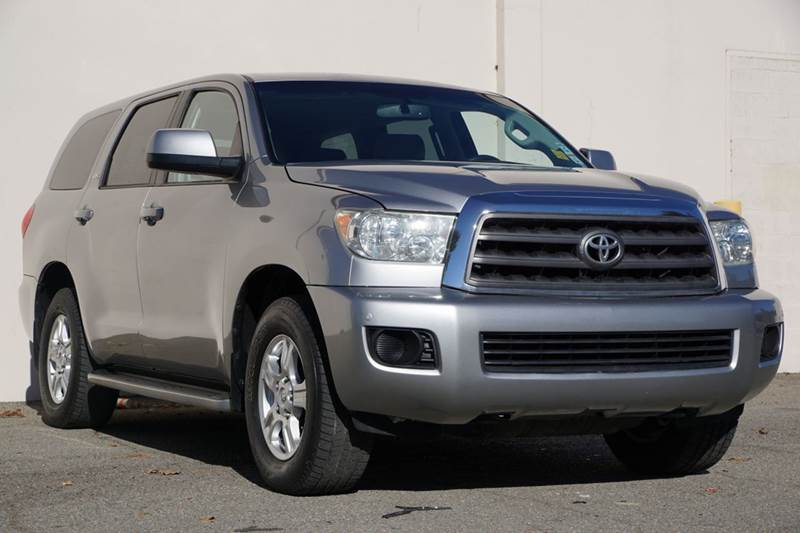 2008 TOYOTA SEQUOIA SR5 4X2 4DR SUV 57L silver sky metallic vin 5tdzy64a78s000415 this a grea