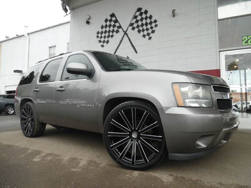 2009 CHEVROLET TAHOE LT XFE 4X2 4DR SUV W1LT gray vin 1gnec23399r165236 this chevy tahoe is a g