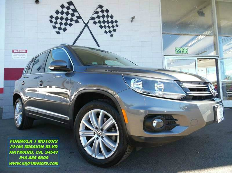 2013 VOLKSWAGEN TIGUAN SE 4DR SUV ENDS 113 dark grey super clean volkswagen tiguan gorgeous in