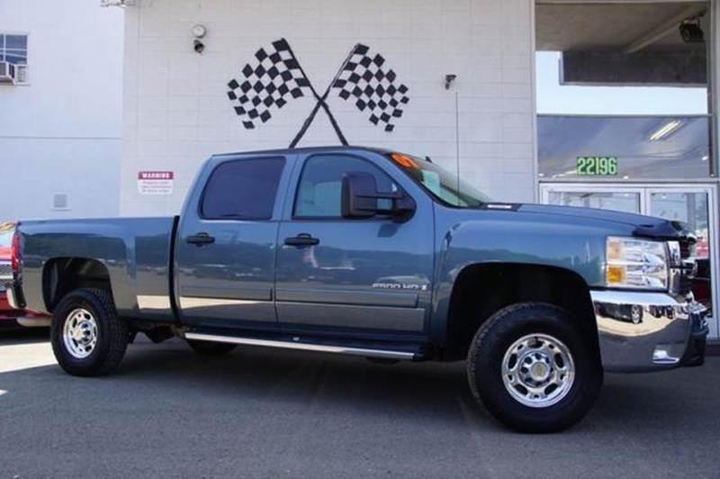 2007 CHEVROLET SILVERADO 2500HD LT1 4DR CREW CAB SB blue granite metallic this low miles 2007 che