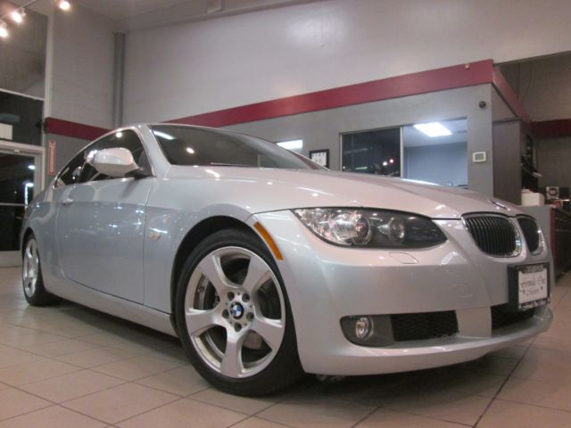 2010 BMW 3 SERIES 328I 2DR COUPE SULEV silver this is a beautiful bmw 328i its gorgeous inside a