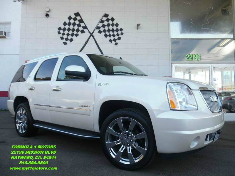 2010 GMC YUKON DENALI HYBRID 4X2 4DR SUV pearl white fully loaded  super clean gmc denali go