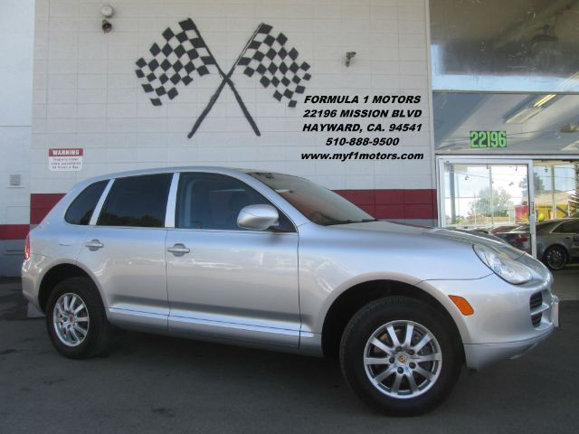 2006 PORSCHE CAYENNE TIPTRONIC AWD 4DR SUV silver this is a gorgeous porsche cayenne very clean i