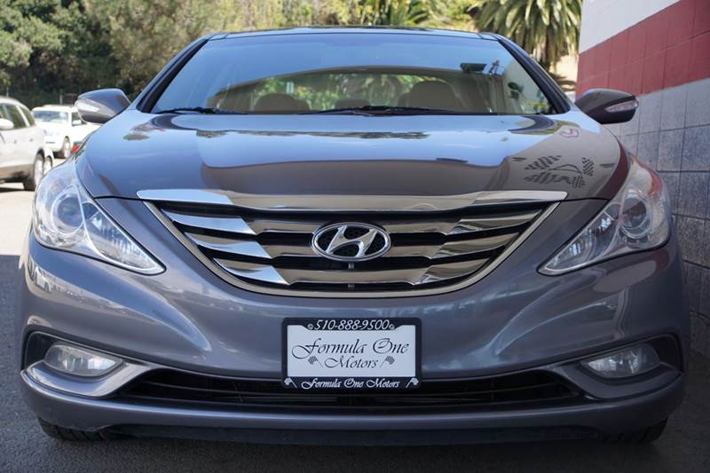 2012 HYUNDAI SONATA LIMITED 4DR SEDAN 6A harbor gray metallic meet our stunning 2012 sonata limit