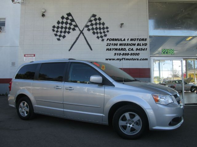 2011 DODGE GRAND CARAVAN CREW 4DR MINI VAN silver this is the perfect family van stow n go seats