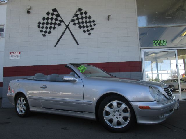 2003 MERCEDES-BENZ CLK-CLASS CLK320 2DR CABRIOLET silver beautiful mercedes benz clk 320 convertib