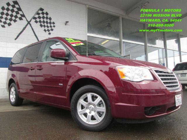2008 CHRYSLER TOWN  COUNTRY TOURING SIGNATURE SERIES burgandy loaded with dvdnavigationrear vie