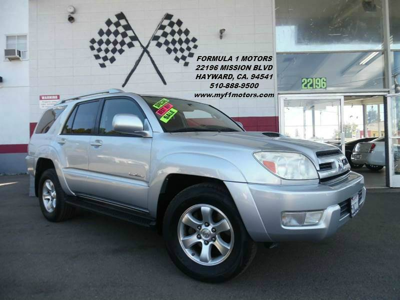2005 TOYOTA 4RUNNER SR5 4DR SUV silver this is a very nice toyota 4runner great condition  awes