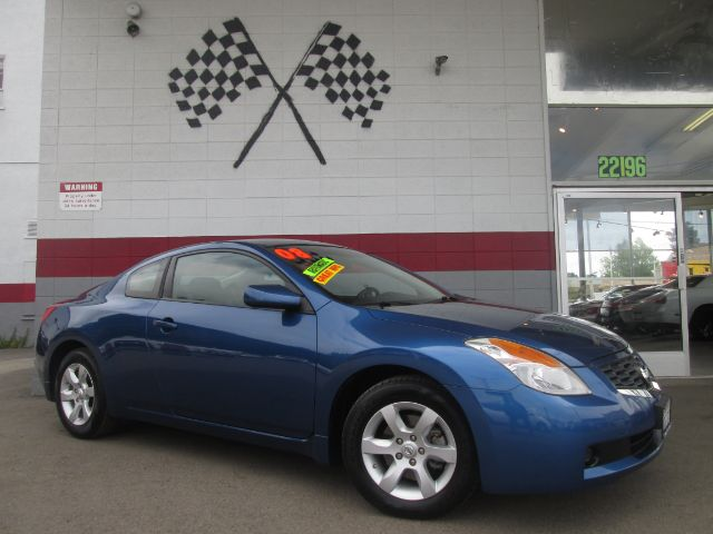 2008 NISSAN ALTIMA 25 S 2DR COUPE CVT blue this is a very nice nissan altima very sporty good
