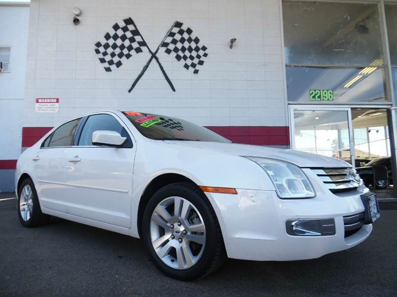 2009 FORD FUSION V6 SEL 4DR SEDAN white vin3fahp08139r137738 this is a very nice ford fusion lo