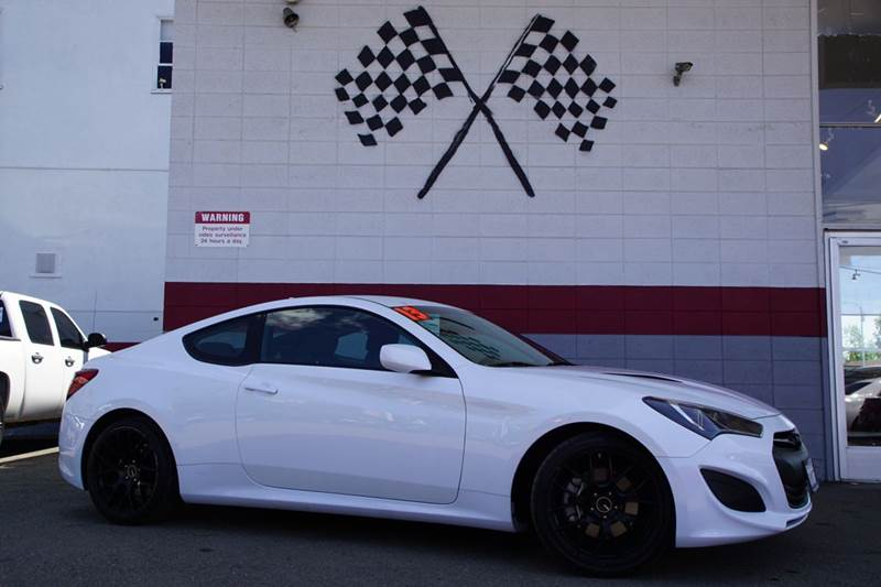 2013 HYUNDAI GENESIS COUPE 20T 2DR COUPE casablanca white 2-stage unlocking doors abs - 4-wheel