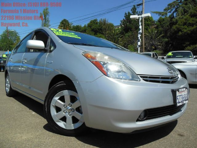 2007 TOYOTA PRIUS TOURING silver 15l hybridleather navigation great gas millage save tons