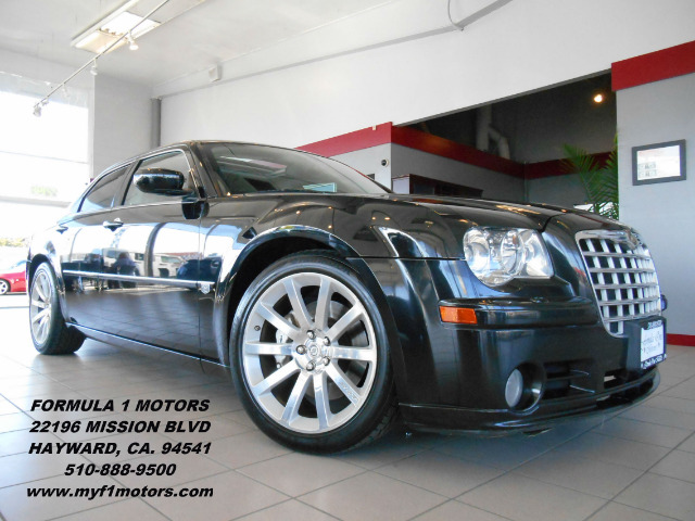 2007 CHRYSLER 300 C SRT-8 black this is an eye catching srt8 with its black on black color combin