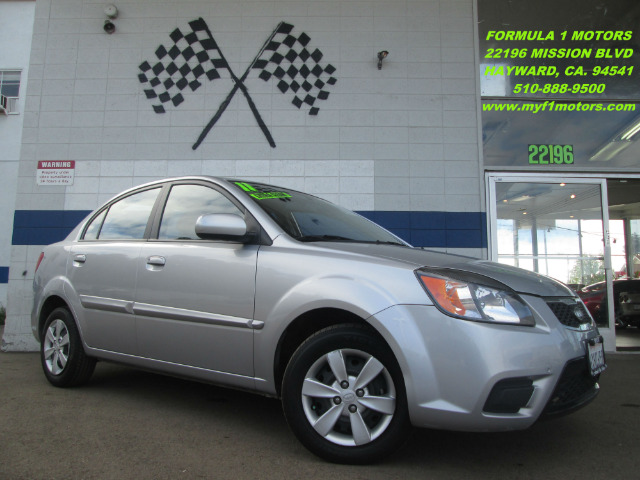 2011 KIA RIO LX silver great car for a first time buyer  excellent commuter great gas saver thi